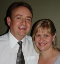 Andrew & Vanessa Roebert